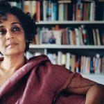Arundhati Roy: El misterio de la felicidad suprema